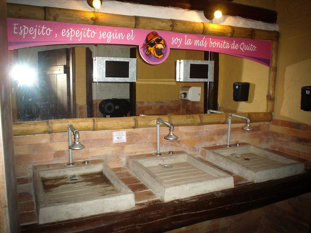 Bar-Perico-Palotes-A3-Arquitectos-Quito-Ecuador-5